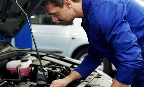 a car air conditioning regas specialist