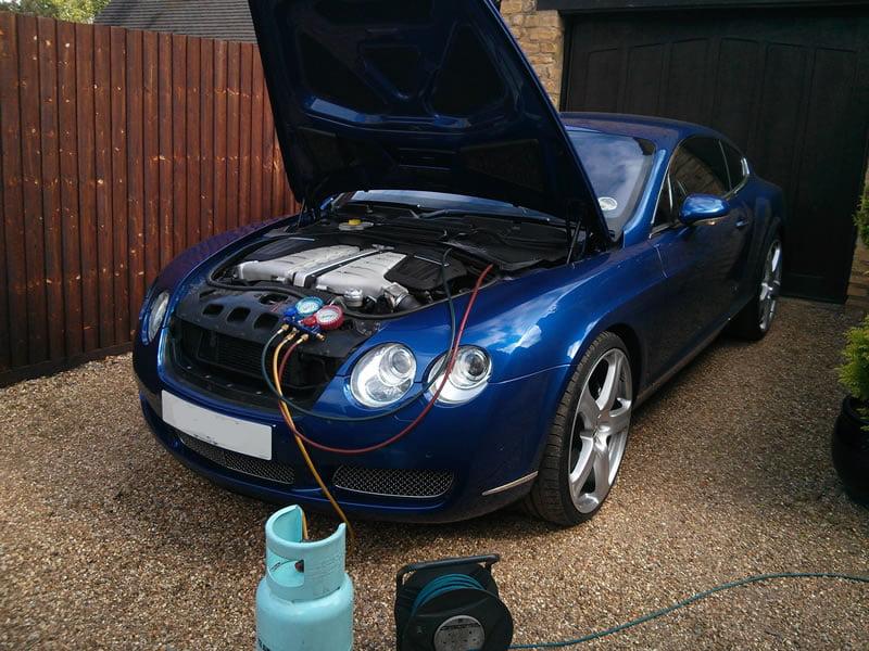 Vehicle Air Conditioning : Gas conversion r to a car air con regas services